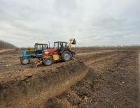 Продолжается выкопка новых водоёмов для капельного полива